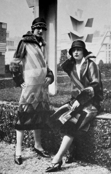 Sonia Delaunay fashion, Simultaneous dresses.