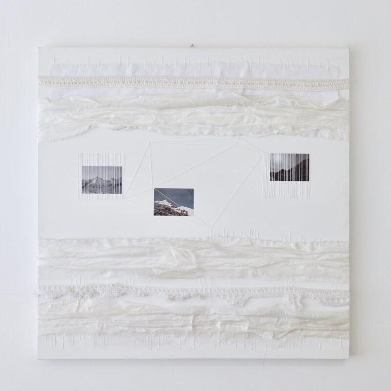 """""""Pensiero paesaggio – geometrico"""" Acrilico, carta, cotone, fotografie su tela - cm 100x100 – 2013 - Copyright Camilla Marinoni, courtesy Zerial Art Project"""