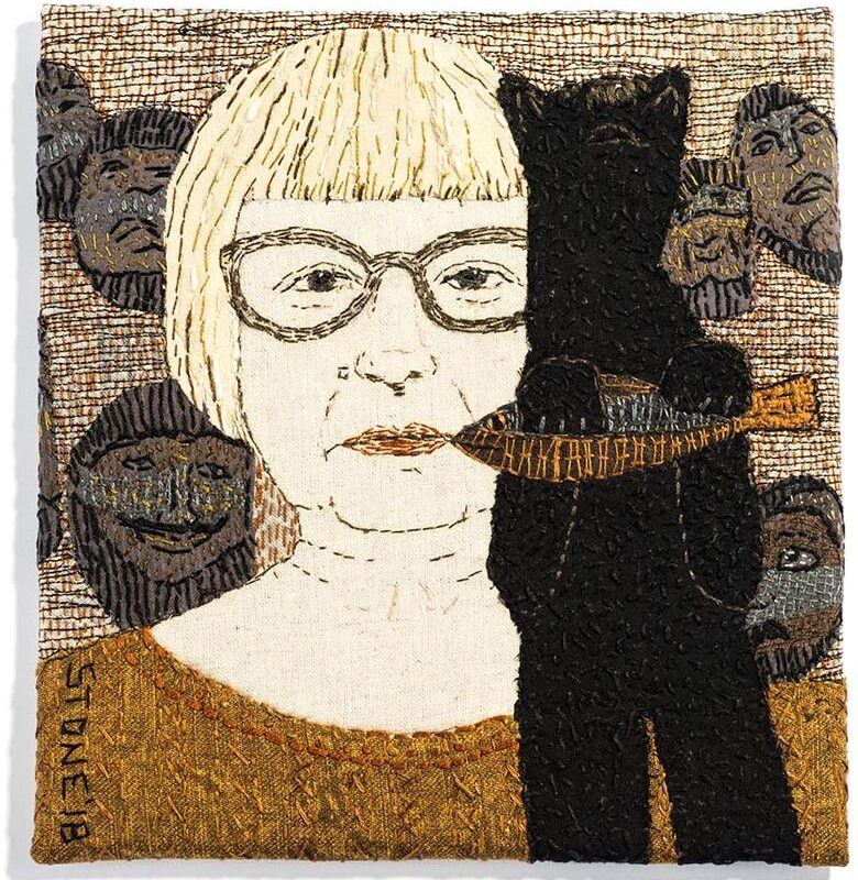 Sue Stone (UK), Self Portrait with Bear and Masks, hand and machine stitch with appliqué / linen, cotton threads on linen and cotton fabrics, 18.5 x 19.5 x 1 cm, photo: Leszek Żurek, Work from the 11th Baltic Mini Textile Gdynia 2019; distinction