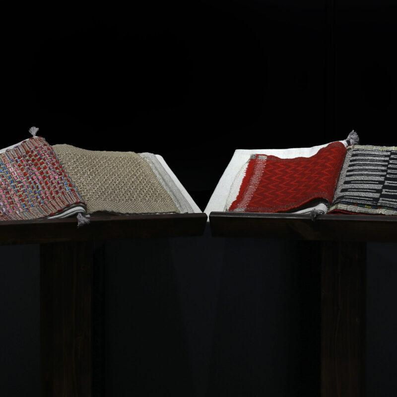 Libri d'artista - Lisa Fontana, canapa, lana, seta_tessitura su telaio manuale a 4,6, 8 licci - 2019