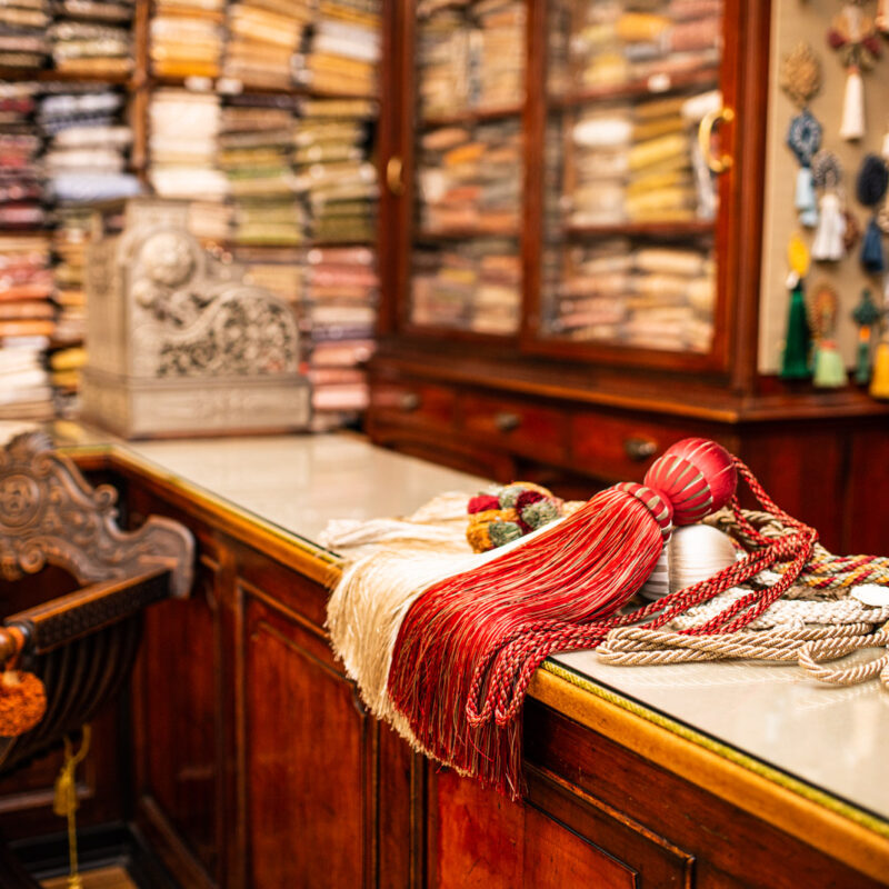 Negozio, Ph. Dinoia, ©2021 Antica Fabbrica Passamanerie Massia Vittorio 1843
