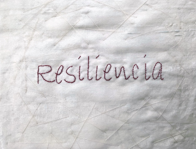 """""""Resiliencia"""" I 2020 Mixed technique. Silk and felt embroidery 40x40 cm"""