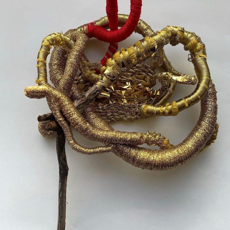 Nature, 2020, scultura tessile in cotone e oro