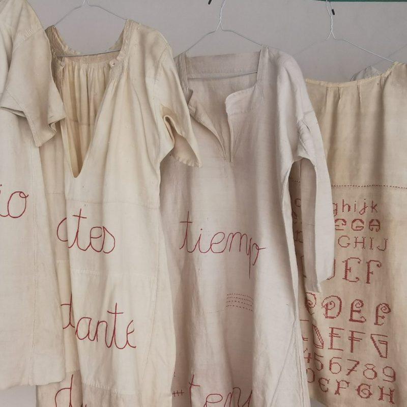María Jesús Manzanares. Camisas