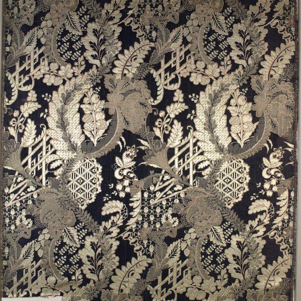 AS 1, lampasso, fondo damasco lanciato broccato, 1713 - 1718, Lione, Francia